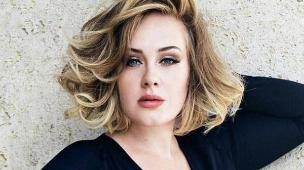 Adele podría enfrentarse a una multa por algo que ocurre en el videoclip de su nuevo sencillo 'Easy On Me'