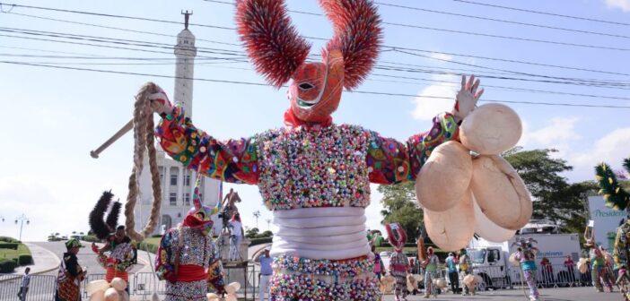Medios Unidos del Cibao anunció que el próximo mes celebrarán el carnaval Santiago 2021 sin público y con una reducida participación de integrantes en cada comparsa.