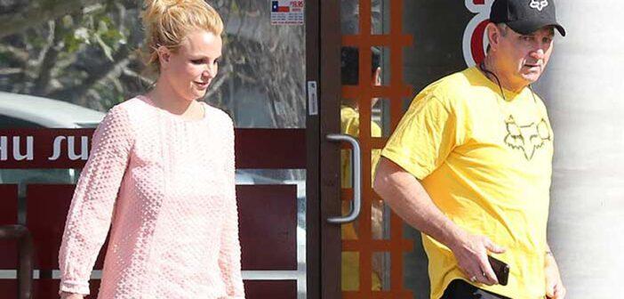 Britney Spears pausa su carrera para poner fin a los temas legales con su padre.